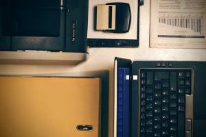laptop-1016257_640