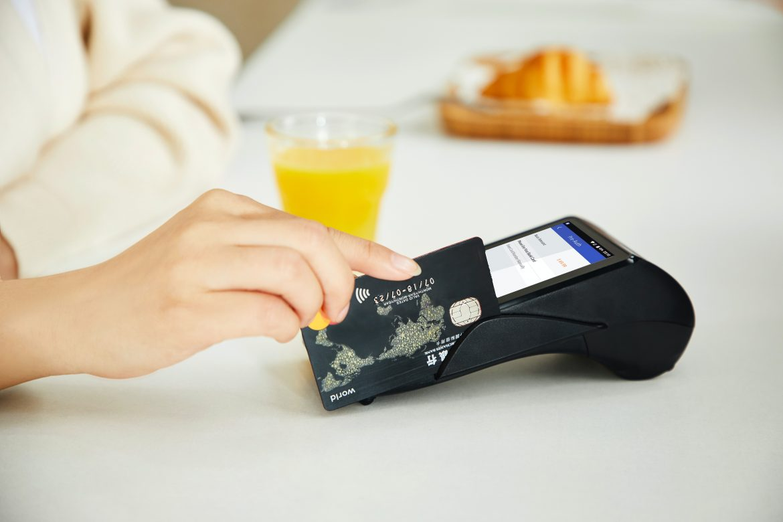 Płatność kartą kredytową a ujęcie wydatku w kosztach